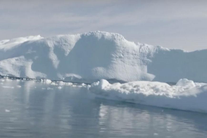 กรีนแลนด์-บ้านพี่หมีโซล่าเซลล์-น้ำแข็งละลาย